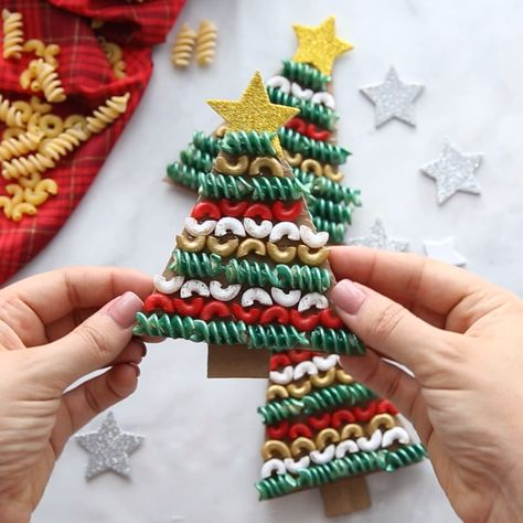 PASTA NOODLE CHRISTMAS TREE