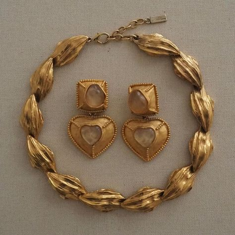 "Anna Grunwald on Instagram: ""Big vintage fan #jewellerydesign #ysl #yslvintage #vintageaesthetic #vintageearrings #crystalearrings #necklace #heartearrings #silhouette…"""