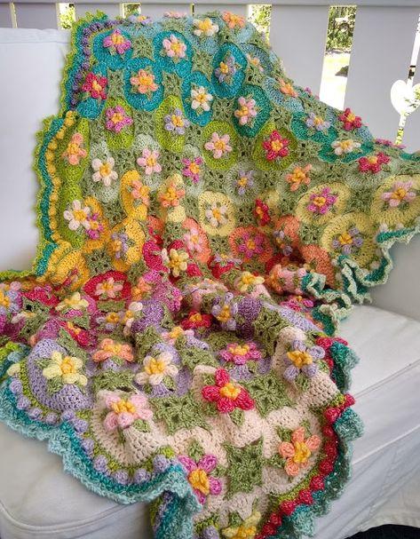 Crochet Ripple, Crochet Quilt, Freeform Crochet, Crochet Squares, Crochet Home, Crochet Crafts, Crochet Projects, Knit Crochet, Crochet Blankets