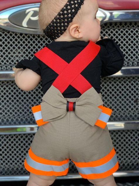 Firefighter Pregnancy Announcement, Newborn Firefighter, Firefighter Wedding, Firefighter Shirts, Firefighter Costume Ideas, Firefighters Girlfriend, Firefighter Baby Showers, Firefighter Room, Female Firefighter