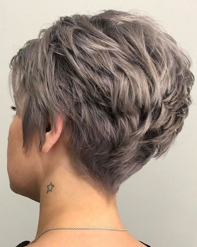 Short Pixie Haircuts For Women In 2020 2021 Short Hair Haircuts Short Wavy Haircuts Haircut For Thick Hair