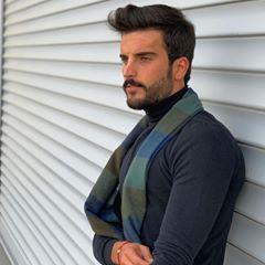 مهند الحمدي Mouhnned Instagram Photos And Videos Photo Instagram Photo Hey Handsome
