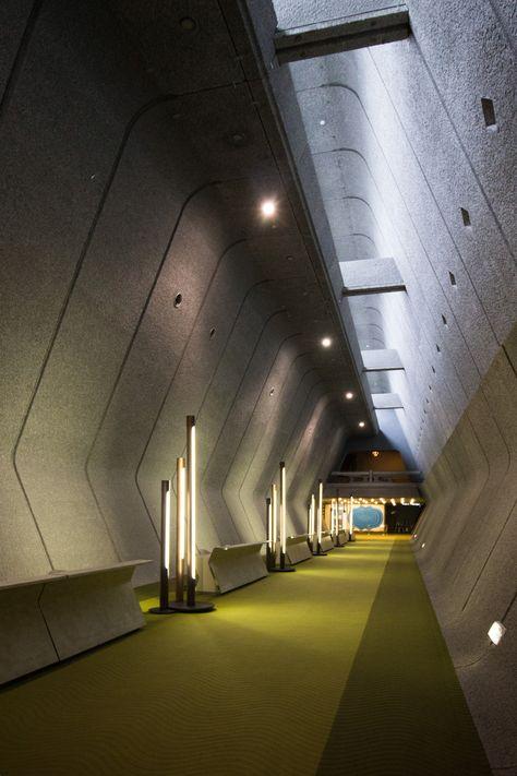 Space Architecture, Contemporary Architecture, Architecture Details, Spaceship Interior, Sci Fi Environment, Zaha Hadid, Retro Futurism, Brutalist, Modern Buildings