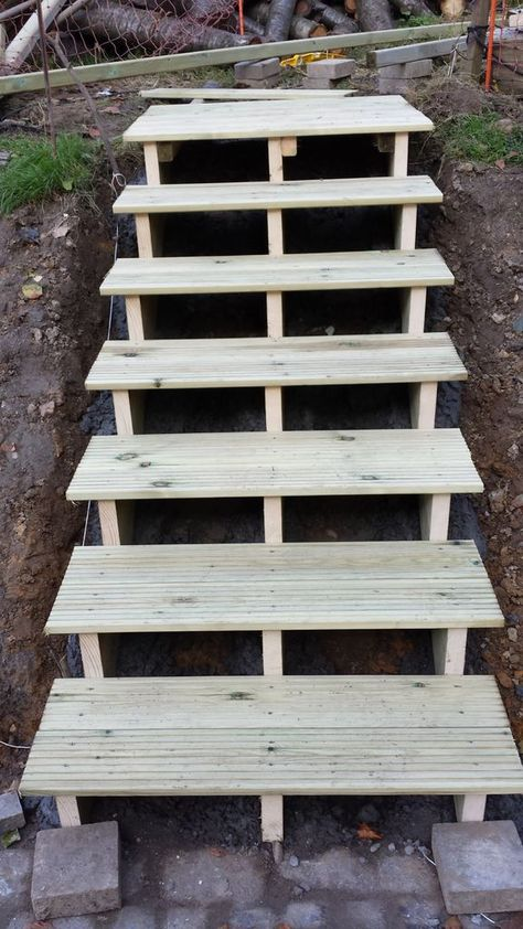 Easy Garden Stairs: 5 Steps (with Pictures)