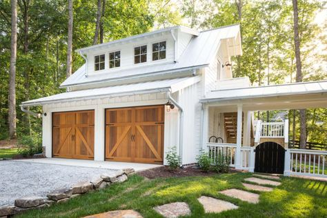Out Top detached garage ideas and designs. Luxury Custom Home Builder Gambrick. Building the finest NJ homes for over 40 years. Garage House, Carriage House Garage, Up House, Cottage House, House Floor, Dream Garage, Garage Apartment Plans, Garage Apartments, Garage Apartment Interior