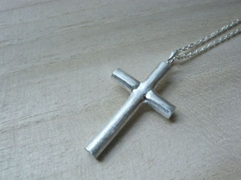 Plain cross silver necklace - Unique christian jewelry