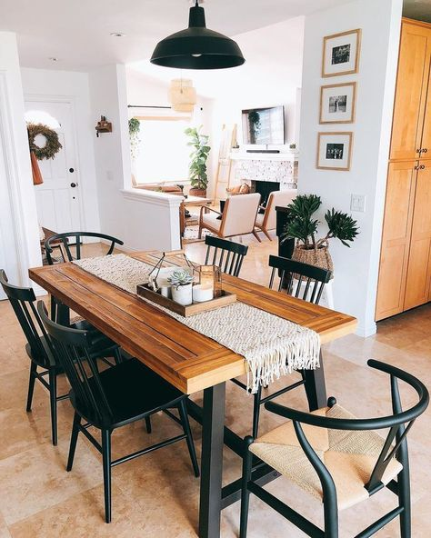 21 Vintage DIY Dining Table Design Ideas - Home Design - lmolnar - Best Design and Decoration You Need Boho Living Room, Home Living, Living Room Decor, Boho Room, Rustic Modern Living Room, Decor Room, Bedroom Decor, Dining Decor, Bohemian Dining Rooms