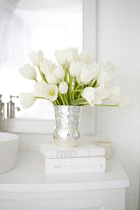 Stil Arredobagno Prata.Delicados Coloridos White Em 2019 Tulipas Brancas