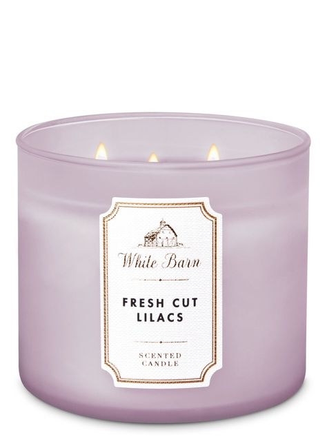 White Barn - Rose Water Ivy Candle by Bath & Body Works - Candles ❣️ - Perfume Bath Candles, 3 Wick Candles, White Candles, Scented Candles, Candle Jars, Yankee Candles, White Barn, Black White, Bath Body Works