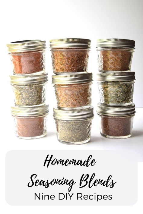 Homemade Seasoning Blends Nine DIY Recipes Add great flavor to your food and save money with these simple to make homemade seasoning blends Lower sodium and gluten free. Homemade Dry Mixes, Homemade Spice Blends, Homemade Spices, Homemade Seasonings, Homemade Seasoned Salt, Homemade Italian Seasoning, Homemade Food Gifts, Diy Food Gifts, Homemade Christmas Gifts