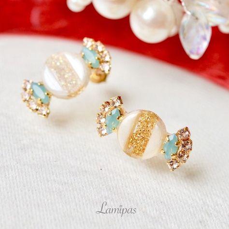 New Sleeping Unicorn Glitter Heart Epoxy Resin Sterling Silver Stud Earrings