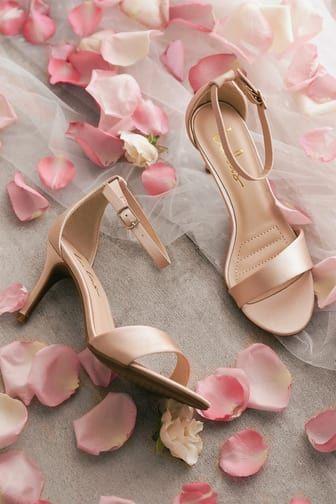 Jewel by Badgley Mischka Haskell II Gold Heels Evening Shoe