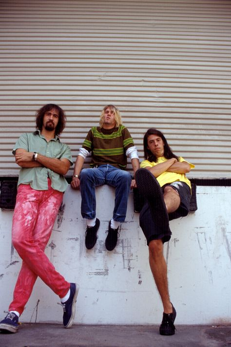 NIRVANA on 8/17/91 in Culver City, CA - I'm loving Krist's pants!