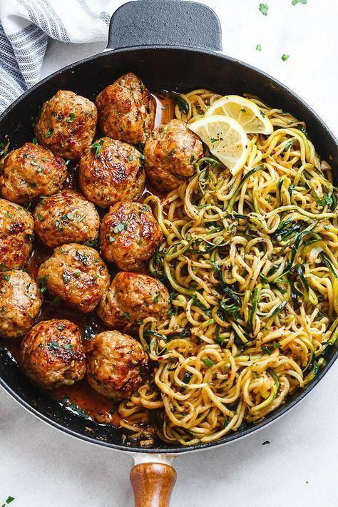 Garlic Butter Meatballs with Lemon Zucchini Noodles - This easy and nourishing skillet meal is absolutely fabulous in every way imaginable! food recipes easy Garlic Butter Turkey Meatballs with Lemon Zucchini Noodles Zucchini Ravioli, Lemon Zucchini, Zucchini Noodles, Zucchini Rice, Chicken Zucchini, Grilled Chicken, Baked Chicken, Healthy Cooking, Healthy Dinner Recipes