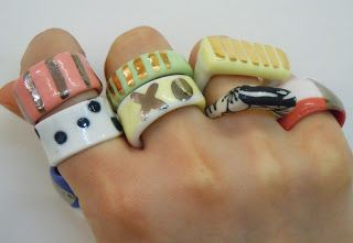 Ruby Pilven has dropped off a whole bunch of her porcelain rings for well dressed fingers. Ceramic Pottery, Pottery Art, Ceramic Art, Pottery Painting, Funky Jewelry, Cute Jewelry, Fall Jewelry, Ceramic Jewelry, Polymer Clay Jewelry
