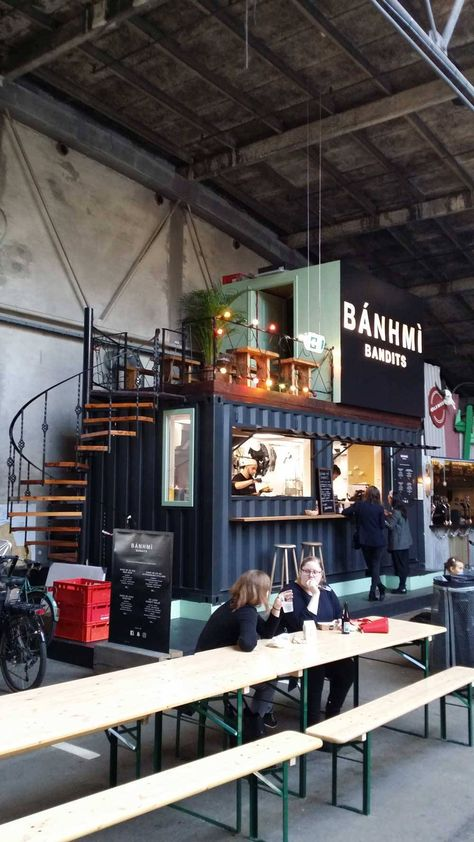 Aarhus Street Food: A Street Food Revolution Epicenter - - Aarhus Street Food - A street food revolution in Aarhus? What to eat, where to eat it and when - an in-depth guide to Aarhus' new fast food epicenter! Street Food Market, Mumbai Street Food, Best Street Food, Indian Street Food, Aarhus, Cafe Design, Food Design, Food Stall Design, Food Truck