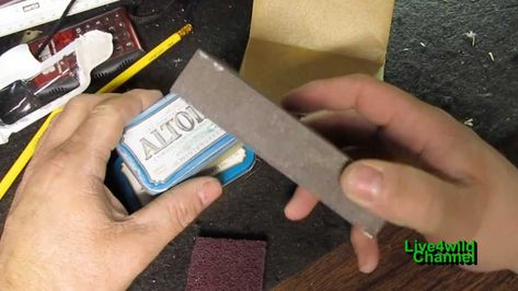 Painting Altoids Tin