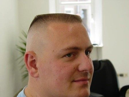 Kurzhaar Abschlage Die Beste Frisuren Flat Top Haarschnitt Marine Haarschnitt Haarschnitt