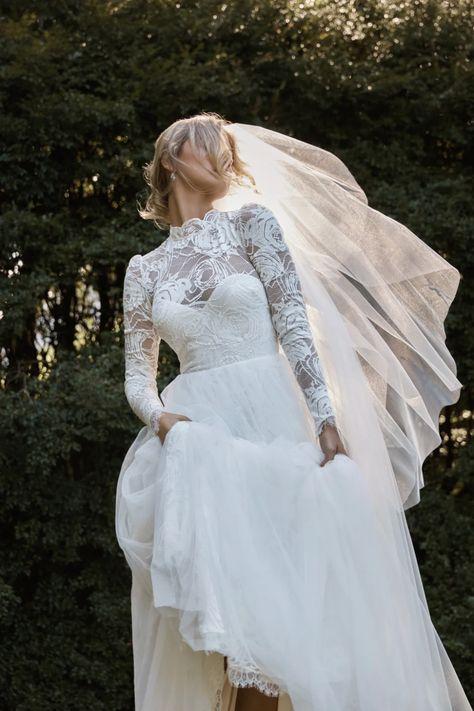 La robe de mariée Eve de la collection 2021 Grace Loves Lace   Tendance mariage : interview de la créatrice de Grace Loves Lace pour ses robes de mariée 2021   Vogue Paris