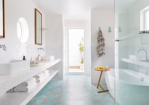 Rub A Dub - A Miami Home That Effortlessly Fuses Minimalism And Color  - Photos