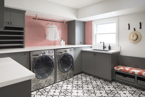 25 Best Laundry Rooms