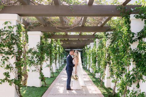 Montecito Club wedding #montecitoclubwedding #montecitoclub #santabarbaraweddingvenue #weddingbouquet #autumnwedding #fallwedding #weddingflowers #springwedding #santabarbarawedding #countryclubwedding #weddingdress #weddingrentals #weddingreception #brideandgroom