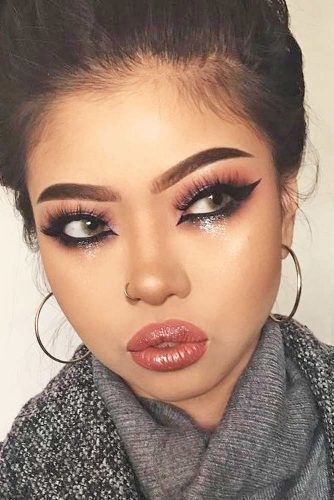 Asian Eyes Makeup Bold Cat Eye Black Eyeline Shimmer Shadow