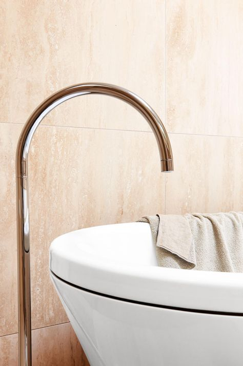 Shareen Joel's before and after bathroom makeover on insideout.com.au. Styling by Leesa O'Reilly. Photography by Eve Wilson.