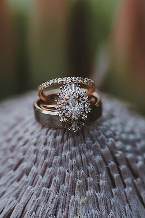 30 Unique Engagement Rings That Wow ♥ Unique engagement rings have creative amazing design so you can show your personality. Look at the engagement rings in different settings and styles! #wedding #bride #weddingforward #EngagementRings