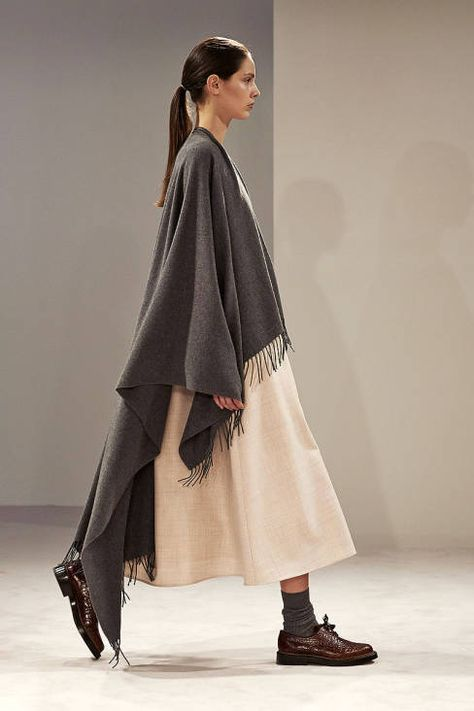The Row Fall 2014 Ready-to-Wear Runway - The Row Ready-to-Wear Collection