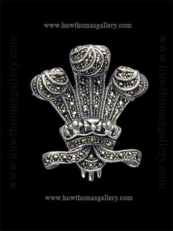 Sterling Silver PRINCE of WALES FEATHERS 925 Heraldic badge  UK NEW Charm Charms