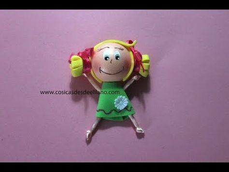 ▶ Cómo hacer broches en goma eva o foamy/how to make a doll foamy brooch - YouTube