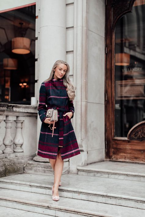 How can you look smart and stylish whilst staying nice and cosy?  That is the question I am always asked prior to any Winter wedding or special event during the colder months. It's true, it's…