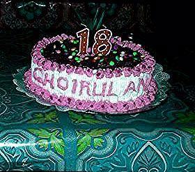 Dekorasi Kue Tart Ulang Tahun Menarik Dekorasi Kue Ulang Tahun Sederhana Tapi Menawan Menggunakan Flower Line Model In 2020 Cake Desserts Birthday Cake
