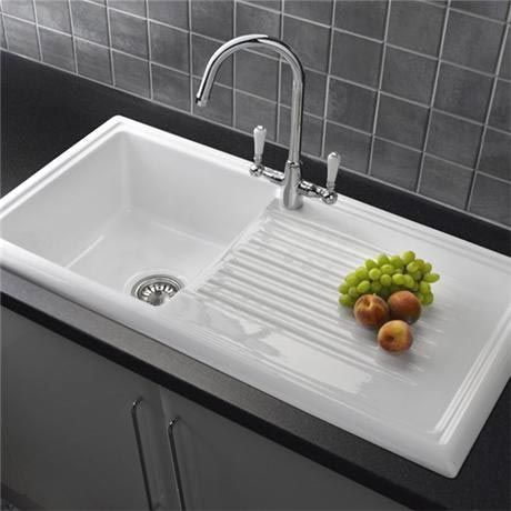 45 Kitchen Sink Ideas For Your Dream House In 2021 White Ceramic Kitchen Sink Best Kitchen Sinks Ceramic Kitchen Sinks