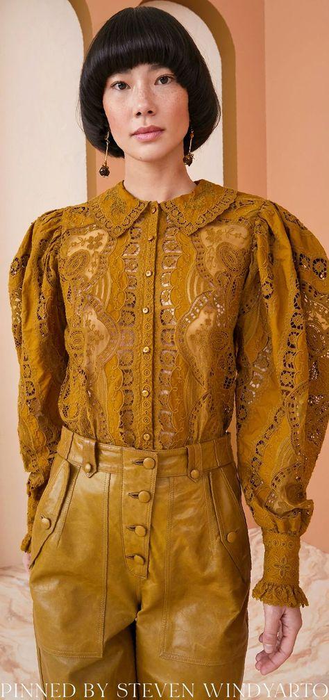 Ulla Johnson Fall 2021 Lookbook - Anabella Blouse #fall2021 #fw21 #womenswear #ullajohnson