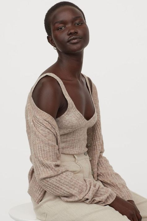HM Ribbed Wool-Blend Cropped Top