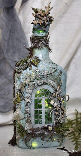 Glass Bottle Crafts, Wine Bottle Art, Diy Bottle, Glass Bottles, Halloween Bottles, Decoupage Glass, Altered Bottles, Vintage Bottles, Paperclay
