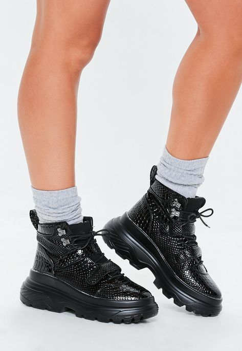 Black Double Sole Hiking Strap Trainers