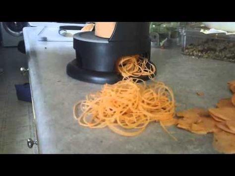 Pampered Chef Veggie Spiralizer - YouTube