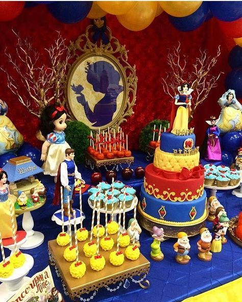 Pin By Carla On Baby Photos Snow White Party Snow White
