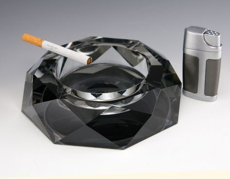Pin by retro art glass on cigar art ashtray pinterest museums