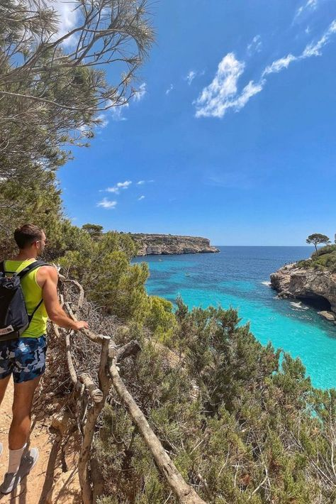 Beach hike 📸 dump! ⛱ I've long thought that the Balearic Islands have some of the best beaches in the world. Where's your favorite beach? 🏖 #MakeYouSmileStyle Cala de Moro Mallorca Spain