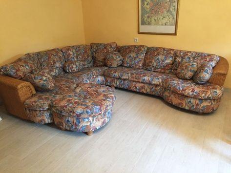 Ein Schones Wenn Auch Etwas Alteres Sofa Rattan Bezug Gobelin