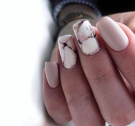 31 Stylish Marble Square Nail Designs #NailColorTrends