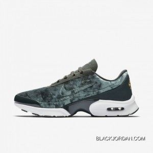 3bb69388559 Nike Air Max 95 HAL Patches AH8444001 Mens Retro Running Shoes Patch Black  Olive Copuon