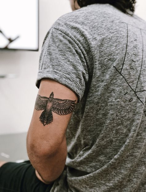 Tricep tattoo, eagle tattoo, arm tattoo tattoo hombre Tricep tattoo
