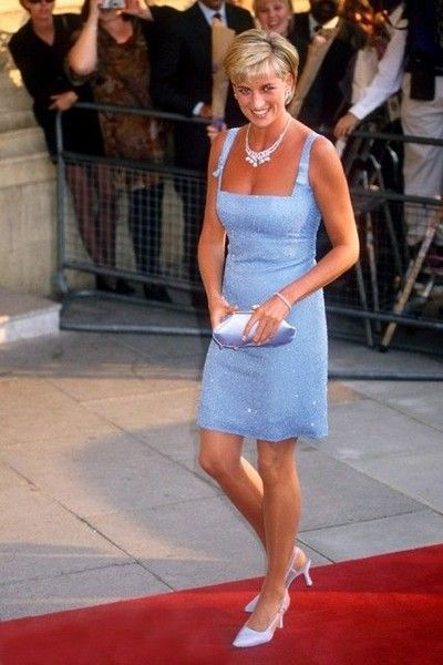 1997 - Illustrious Celeb Fashion From the Year You Were Born - Photos