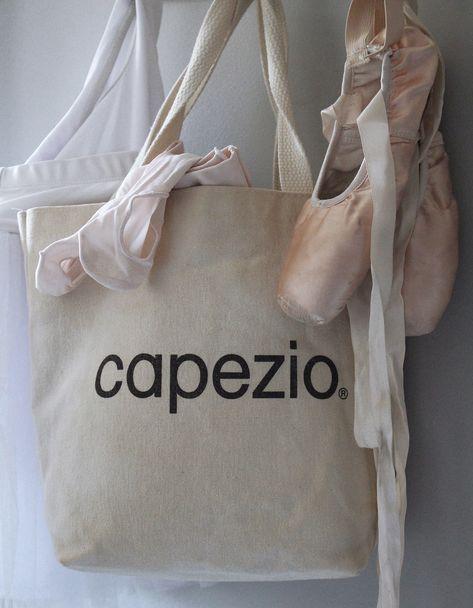 bag Photographer: Kristopher...