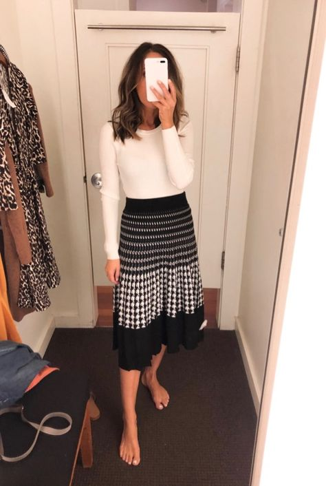 Fitting Room Snapshots (Banana Republic, Ann Taylor, LOFT) ~ Lilly Style - business professional outfits for interview Summer Work Outfits, Basic Outfits, Modest Outfits, Classy Outfits, Cute Outfits, Modest Wear, Modest Casual Outfits, Casual Work Attire, Stylish Work Outfits